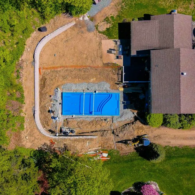 new backyard pool construction